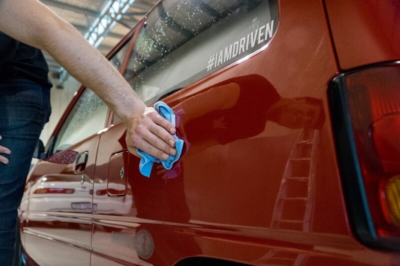 How to wax a car the easiest way - 10