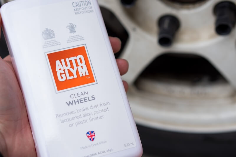 how to clean alloy wheels using Autoglym