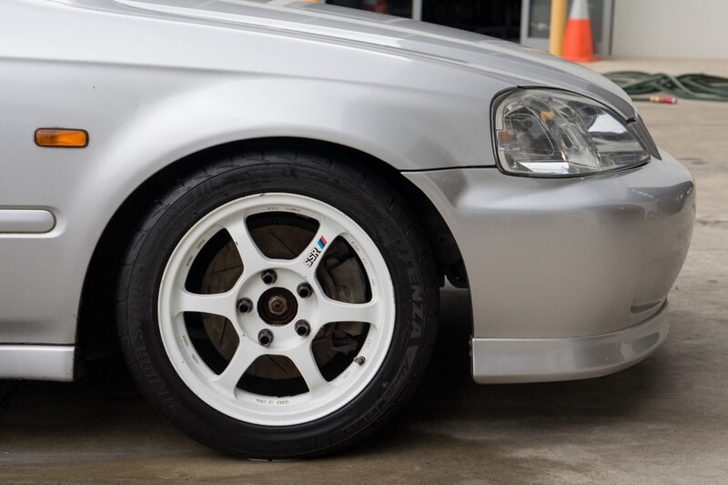 how to clean mag wheels