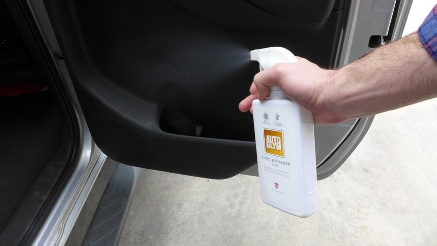 easy way to clean car interior using Autoglym
