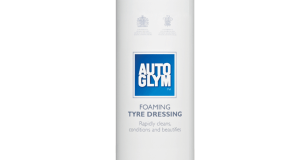 Foaming and Tyre Dressing with Autoglym