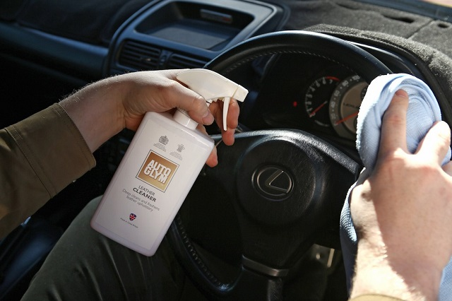 Steering Wheel Cleaner >> Autoglym Clean Your Leather Steering Wheel