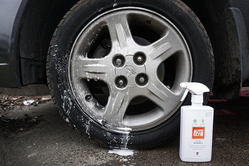 keeping-the-family-car-clean2