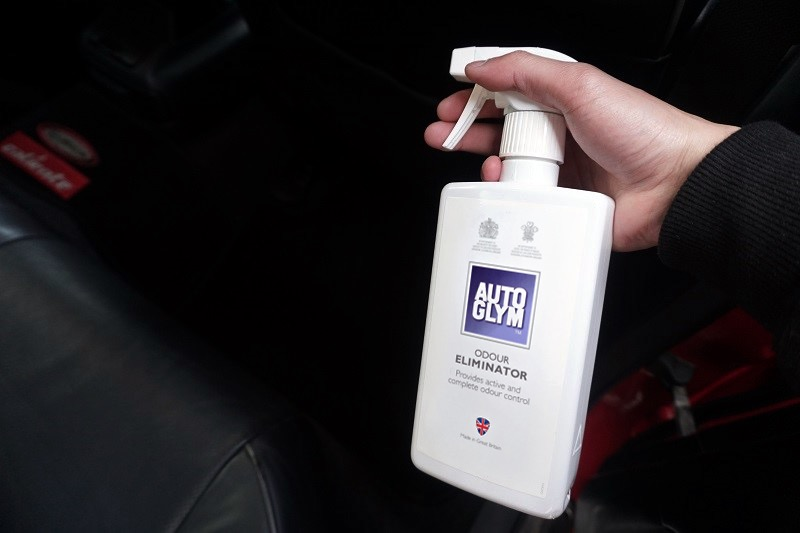 keeping-the-family-car-clean4